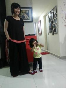 Sepatu kembar mommy--girl